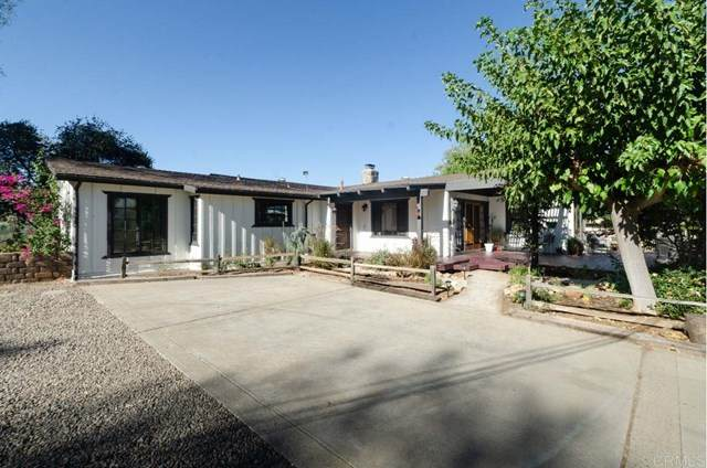 14957 Cool Valley Rd., Valley Center, CA 92082 (#NDP2001511) :: RE/MAX Empire Properties