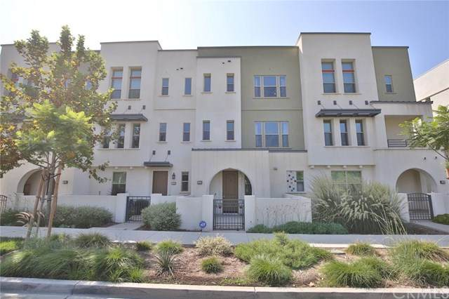 132 Paramount, Irvine, CA 92618 (#TR20220315) :: Mainstreet Realtors®