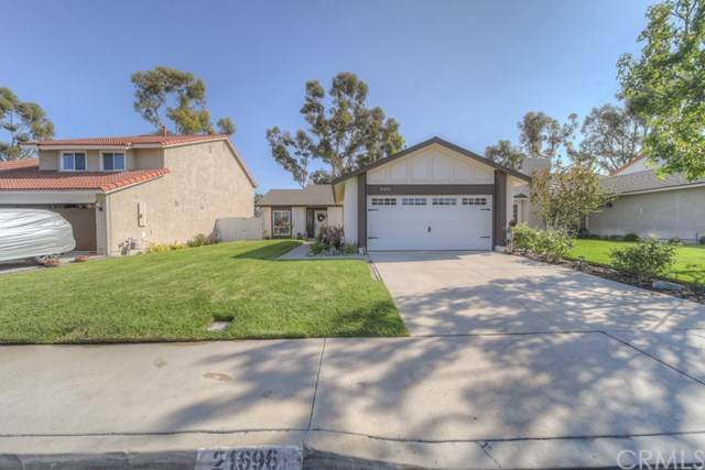 21696 Cabrosa, Mission Viejo, CA 92691 (#IV20220211) :: Z Team OC Real Estate