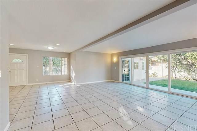 18273 Rosita Street, Tarzana, CA 91356 (#SR20216860) :: Z Team OC Real Estate