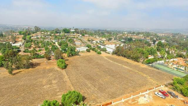 Hutchison, Vista, CA 92084 (#NDP2001530) :: eXp Realty of California Inc.