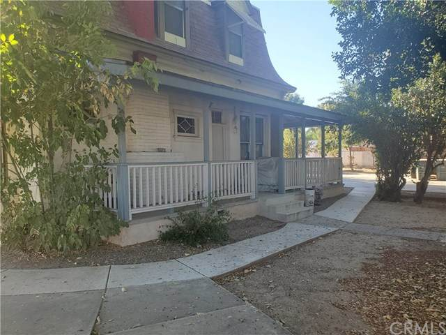 2992 Pleasant Street, Riverside, CA 92507 (#TR20220846) :: Mark Nazzal Real Estate Group