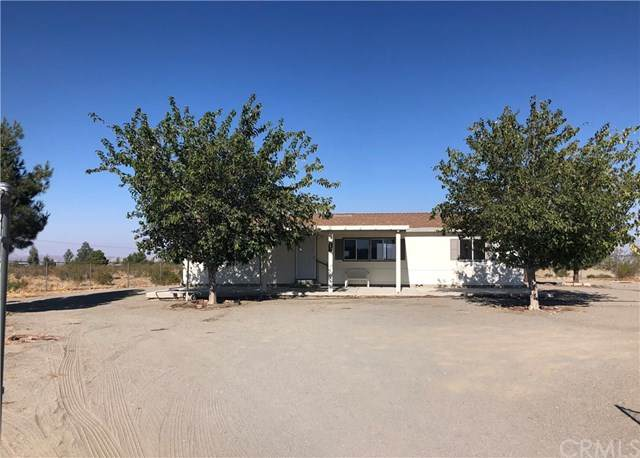 4634 Woodward Road, Phelan, CA 92371 (#IV20221092) :: Team Forss Realty Group