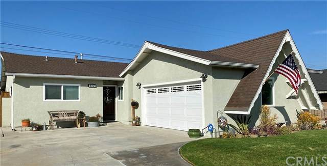 1057 W 213th Street, Torrance, CA 90502 (#SB20220295) :: The Miller Group