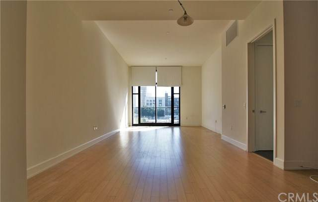 3223 W 6th Street #409, Los Angeles (City), CA 90020 (#WS20221238) :: The Parsons Team