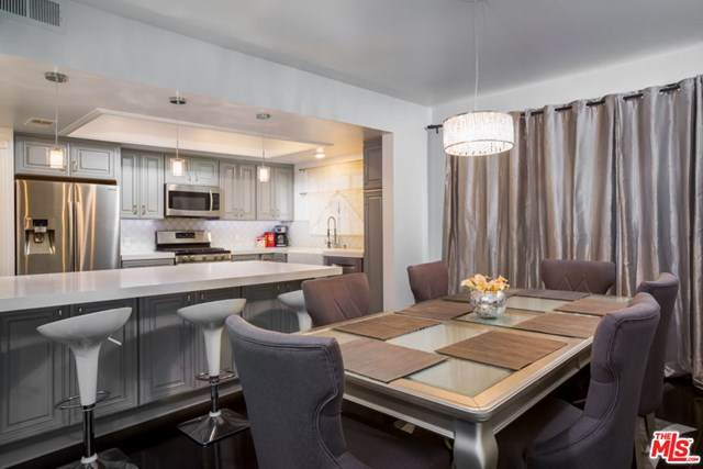 221 S Gale Drive #104, Beverly Hills, CA 90211 (#20649300) :: Powerhouse Real Estate