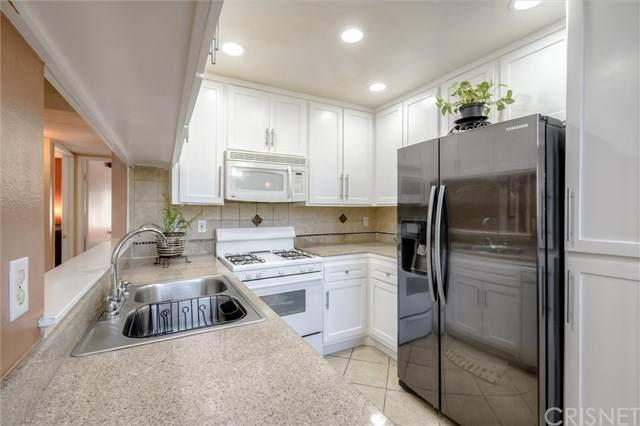 11150 Glenoaks Boulevard #87, Pacoima, CA 91331 (#SR20221565) :: eXp Realty of California Inc.