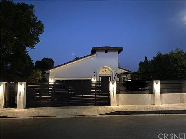 5838 Donna Avenue, Tarzana, CA 91356 (#SR20220145) :: The Miller Group