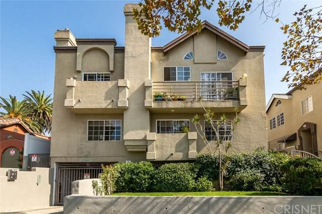 852 N Poinsettia Place #2, West Hollywood, CA 90046 (#SR20221371) :: Powerhouse Real Estate