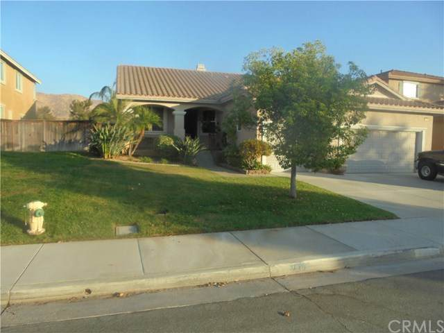 15190 Legendary Drive, Moreno Valley, CA 92555 (#IG20221915) :: The Miller Group