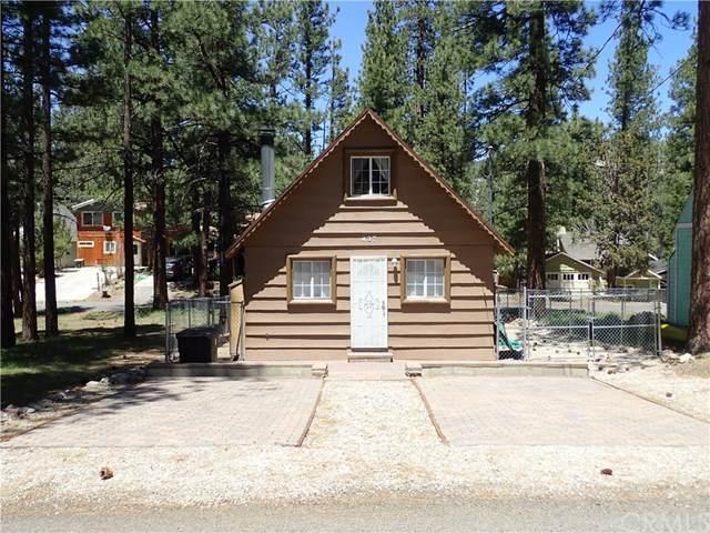 437 W Rainbow Boulevard, Big Bear, CA 92314 (#EV20219965) :: Zutila, Inc.