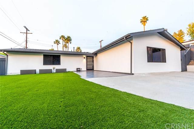 20763 Dolorosa Street, Woodland Hills, CA 91367 (#SR20222018) :: TeamRobinson | RE/MAX One