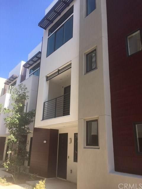 171 Waypoint, Tustin, CA 92782 (#CV20222045) :: Z Team OC Real Estate