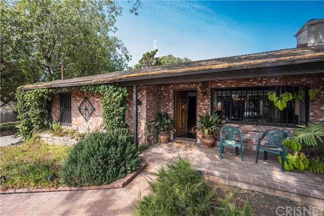 10457 La Tuna Canyon Road, Sun Valley, CA 91352 (#SR20221511) :: The Miller Group