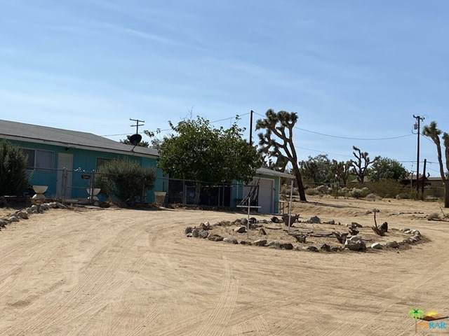 6638 Outpost Road, Joshua Tree, CA 92252 (#20649424) :: Mainstreet Realtors®