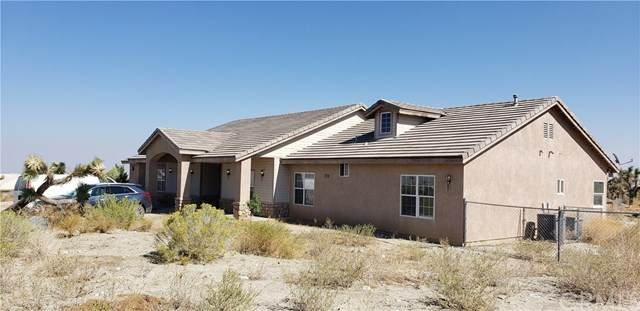 11135 Crystal Aire Road, Pinon Hills, CA 92372 (#WS20222255) :: Team Forss Realty Group