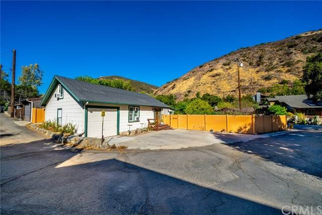 29300 Hazel Bell Drive, Silverado Canyon, CA 92676 (#DW20222315) :: Team Tami