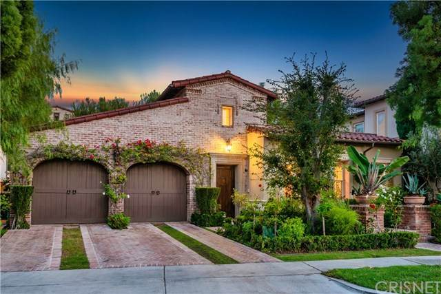 54 Shady Lane, Irvine, CA 92603 (#SR20222375) :: Veronica Encinas Team