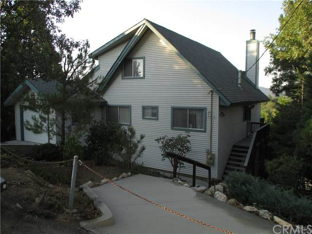 28183 Zermatt Drive, Lake Arrowhead, CA 92352 (#OC20222699) :: Veronica Encinas Team