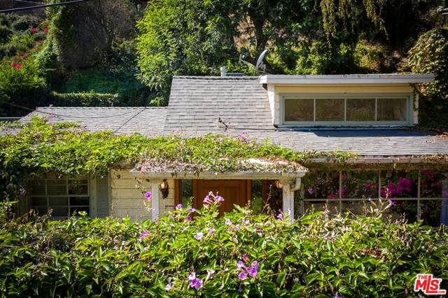 875 N Beverly Glen Boulevard, Los Angeles (City), CA 90077 (#20648404) :: RE/MAX Masters