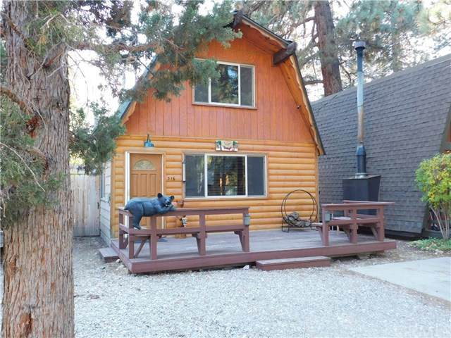 316 W Sherwood Boulevard, Big Bear, CA 92314 (#SW20222703) :: TeamRobinson | RE/MAX One