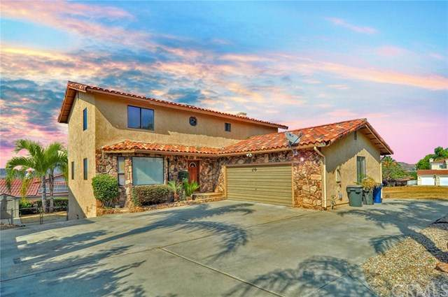 30381 Sparkle Drive, Canyon Lake, CA 92587 (#SW20222152) :: Team Tami