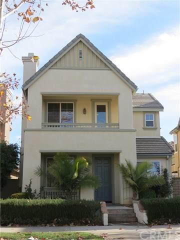 27572 Sunny Creek Drive, Valencia, CA 91354 (#TR20222407) :: The Veléz Team