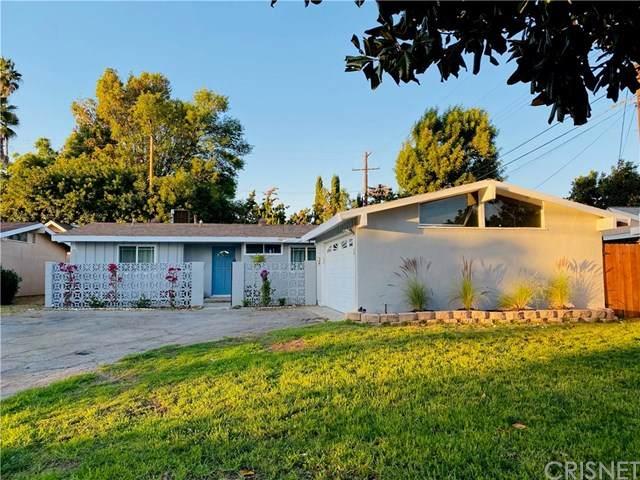 20407 Hart Street, Winnetka, CA 91306 (#SR20223127) :: The Results Group