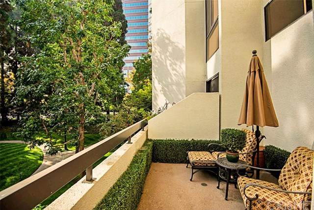 2112 Century Park Lane #104, Los Angeles (City), CA 90067 (#SR20220814) :: Realty ONE Group Empire