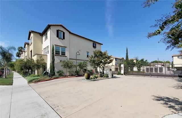 1561 W Walnut Street #55, Santa Ana, CA 92703 (#OC20223201) :: Team Tami