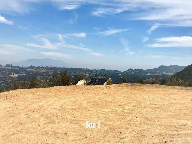 18300 Alta Cresta, Murrieta, CA 92562 (#SW20214135) :: EXIT Alliance Realty
