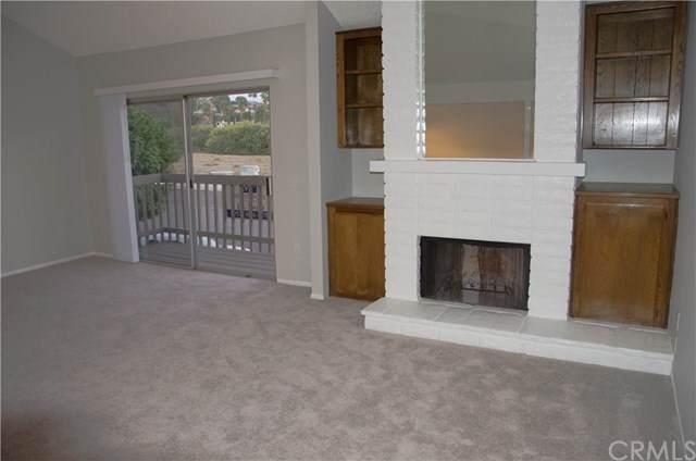 31908 Del Cielo Este 10A, Bonsall, CA 92003 (#SW20223340) :: American Real Estate List & Sell