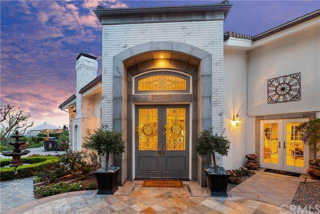 2052 Valhalla Drive, North Tustin, CA 92705 (#PW20223102) :: RE/MAX Empire Properties