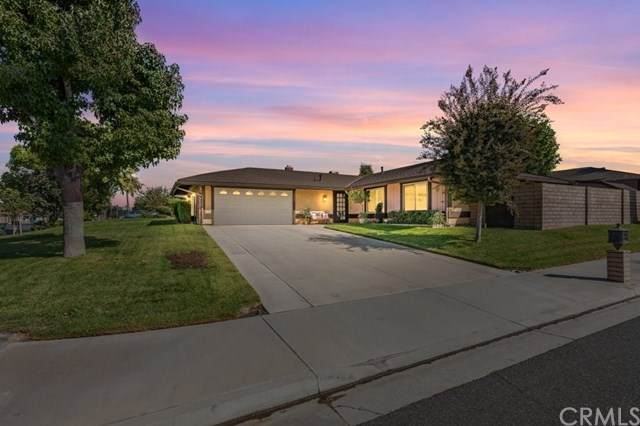 2889 Monument Drive, Riverside, CA 92506 (#IG20221269) :: TeamRobinson | RE/MAX One