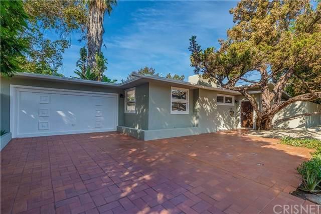 15203 Runnymede Street, Van Nuys, CA 91405 (#SR20222710) :: eXp Realty of California Inc.