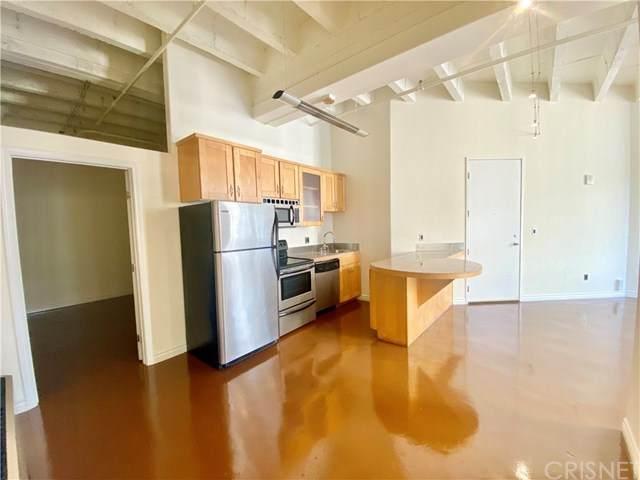 312 W 5th Street #825, Los Angeles (City), CA 90013 (#SR20223523) :: Z Team OC Real Estate