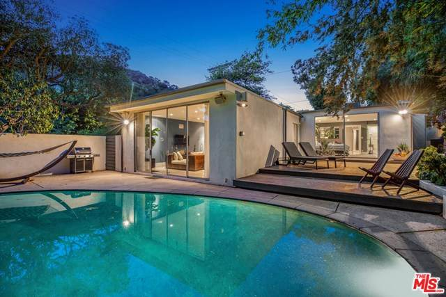 2176 Coldwater Canyon Drive, Beverly Hills, CA 90210 (#20650510) :: RE/MAX Masters