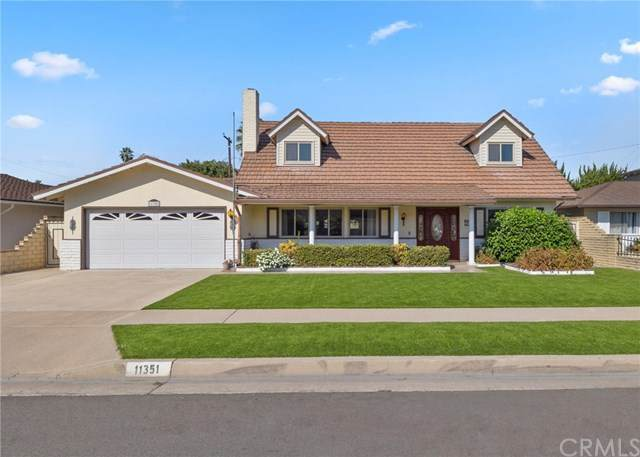 11351 Snowdrop Avenue, Fountain Valley, CA 92708 (#PW20213574) :: Doherty Real Estate Group