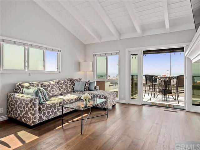 1630 Manhattan Avenue, Hermosa Beach, CA 90254 (#SB20223870) :: TeamRobinson | RE/MAX One
