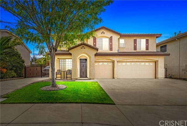 3630 Parkridge Lane, Palmdale, CA 93551 (#SR20223999) :: The DeBonis Team
