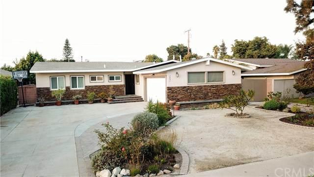 2821 W Devoy Drive, Anaheim, CA 92804 (#IV20223476) :: The DeBonis Team