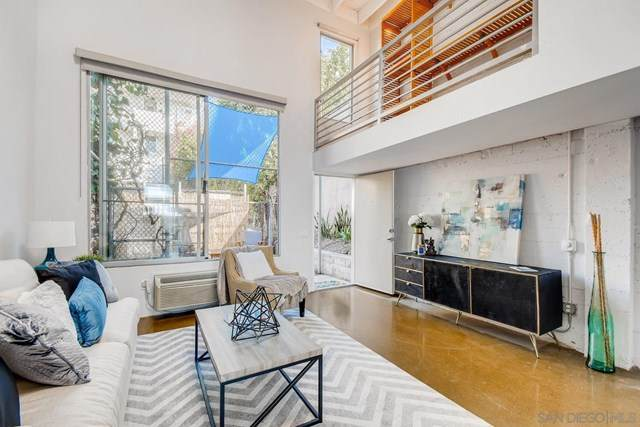 941 W Hawthorn St #1, San Diego, CA 92101 (#200049540) :: Rogers Realty Group/Berkshire Hathaway HomeServices California Properties