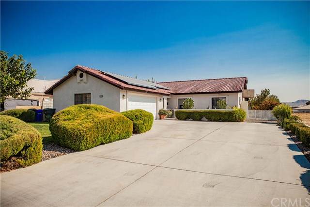 27211 Silver Lakes Parkway, Helendale, CA 92342 (#SB20219918) :: Steele Canyon Realty