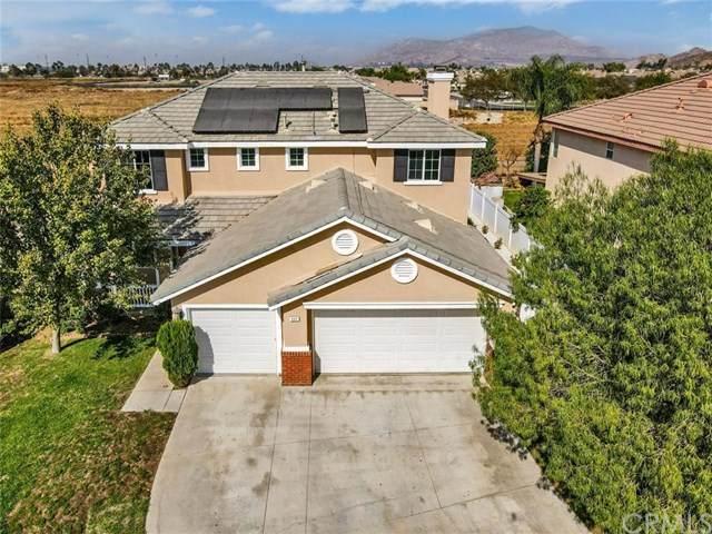 802 Seymour Way, Perris, CA 92571 (#OC20224036) :: A|G Amaya Group Real Estate