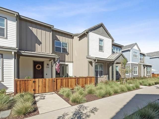 1295 Bloom Lane, Morgan Hill, CA 95037 (#ML81817085) :: Go Gabby