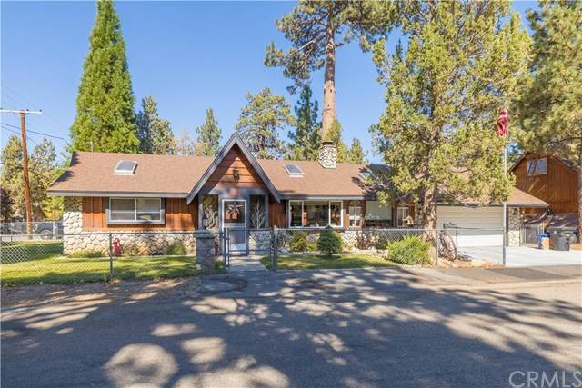 563 Silver Pine (Aka 563 Santa Barbara) Lane, Big Bear, CA 92386 (#EV20224190) :: Zutila, Inc.