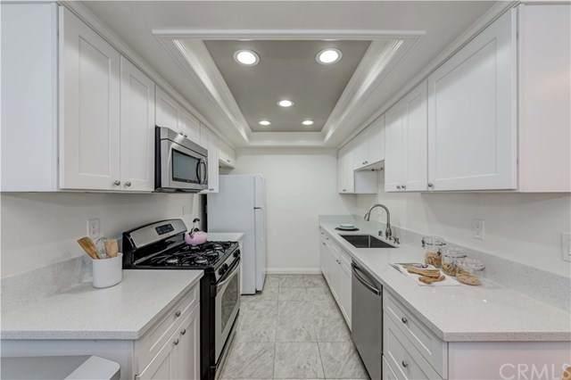 16504 S Harvard Boulevard #4, Gardena, CA 90247 (#SB20220274) :: American Real Estate List & Sell
