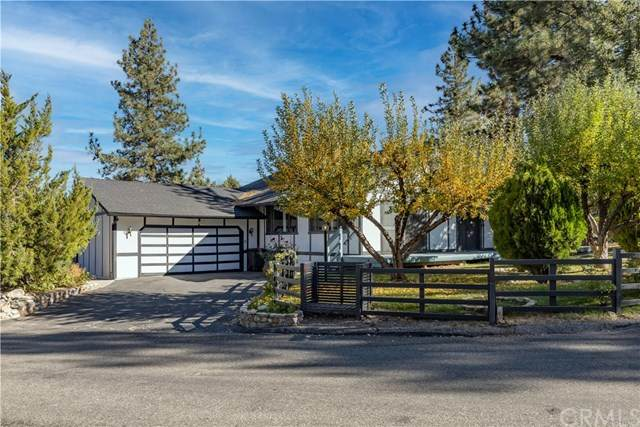 316 Montclair Drive, Big Bear, CA 92314 (#EV20223239) :: TeamRobinson | RE/MAX One