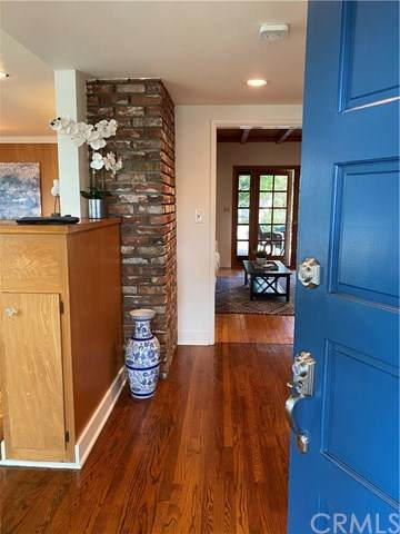 2219 N Towner Street, Santa Ana, CA 92706 (#PW20223727) :: Better Living SoCal