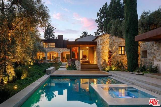 976 N Alpine Drive, Beverly Hills, CA 90210 (#20649386) :: The Veléz Team